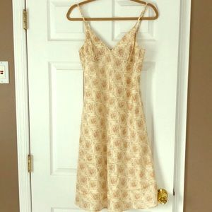 Theory Dresses - 100% silk Theory Dress Size 8 Buttons in back